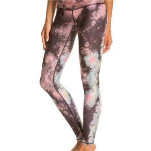 Teeki Yoga Leggings Pink Eagle Feather Print